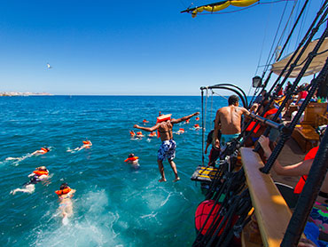 Walk the plank and go snorkeling at Chileno Bay in our Tour